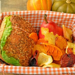 Root+Veggie+Chips+Recipe+–+Healthy+Lunch+Idea+for+Kids