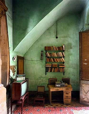 Really love this green for a wall color. Maybe for my studio?