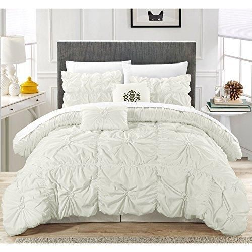 Off White Gypsy Ruffled Comforter King Set Sheet White Applique Flowing Ruffles Pattern Layered Overlapping Gypsies Hippie Themed Hippy Layers Adult Bedding Bedroom Polyester