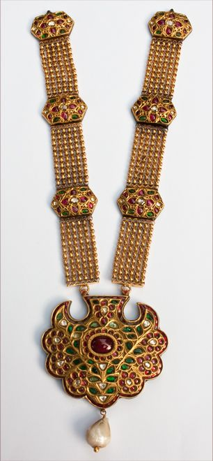 Indian kundan necklace