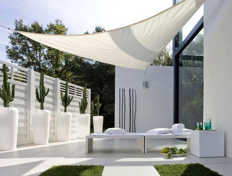 La terrasse vote blanc // AMARILO