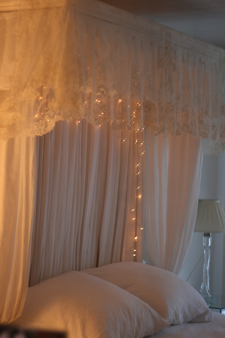 Lace bed canopy oh my god i want this love this for Drape canopy over bed