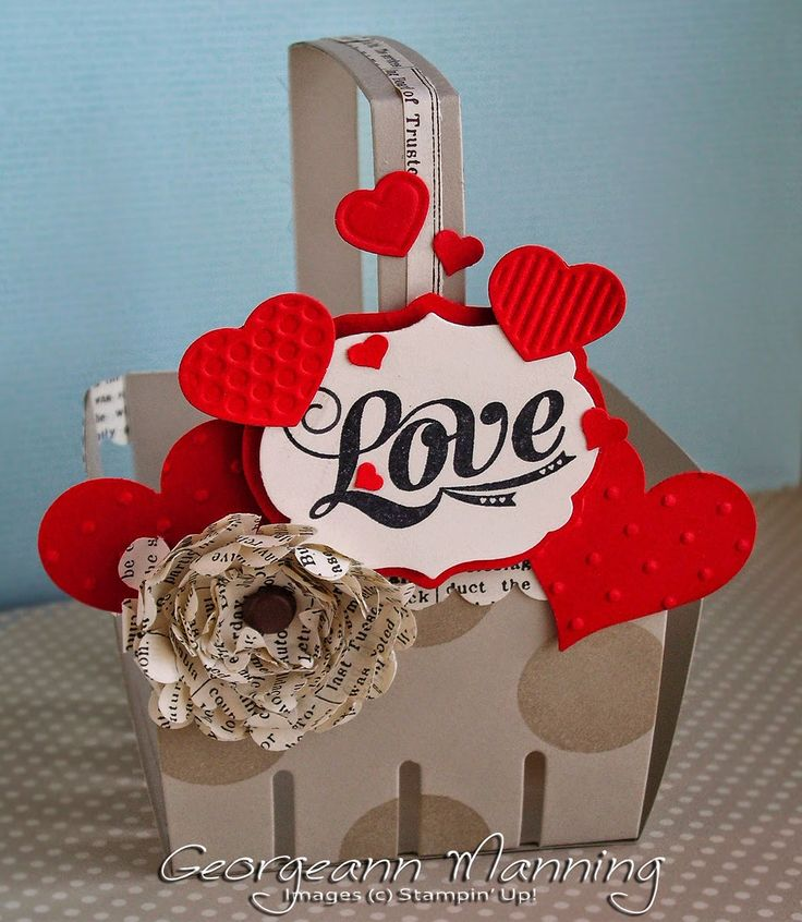 Valentines basket made with Stampin' Up Berry Basket Bigz Die, fashionable hearts embosslits die, Labels Collection Framelits Die, Love Stamp from the Everyday Occasions Card Kit