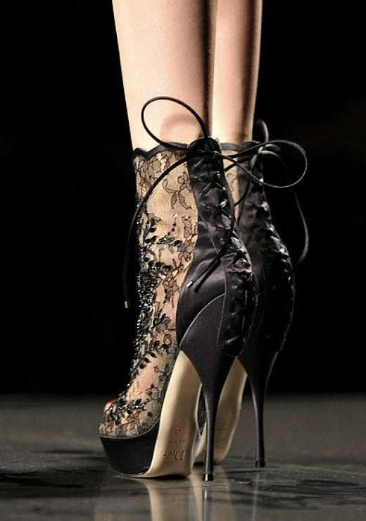 Leather lace, a match made in heaven
