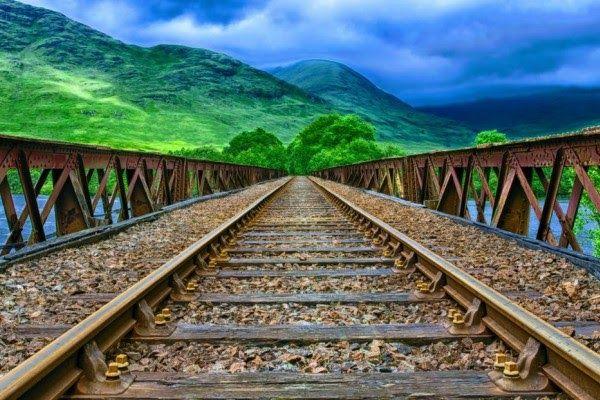 Terpopuler 30 Pemandangan Indah Ekstrim Ini Lho 5 Jalur Kereta Dengan Pemandangan Paling Indah Di Download Wisata Bogor Gunung Ke Di 2020 Pemandangan Lanskap Alam