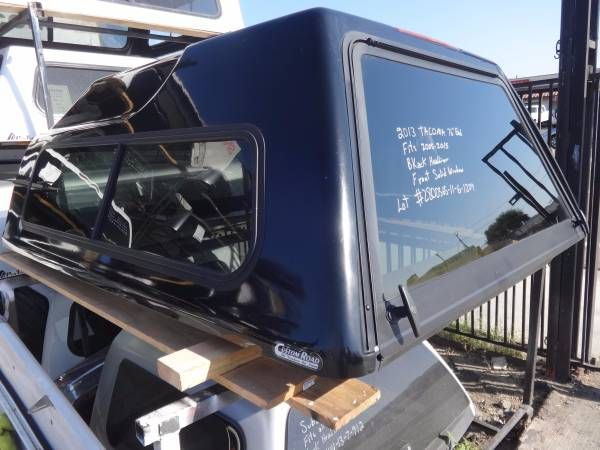2013 TACOMA 76'' Bed. Camper Shell. Fits 2005-2015. (9424 Jamcha Blvd. Spring Valley Ca.)