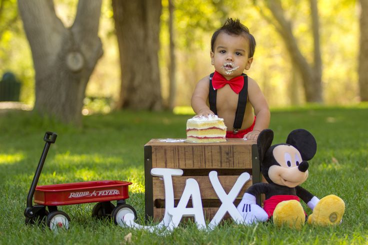 Mickey Mouse 1st birthday photo shoot!