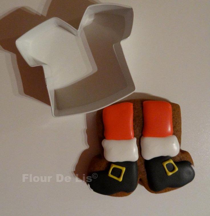 flour de lis' santa legs