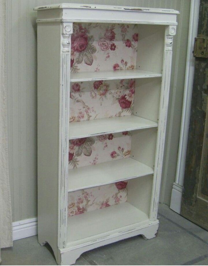 Shelf shabby chic with wall paper.
