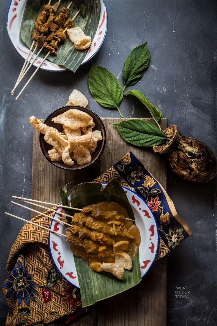 Sate padang (Padang-style satay)