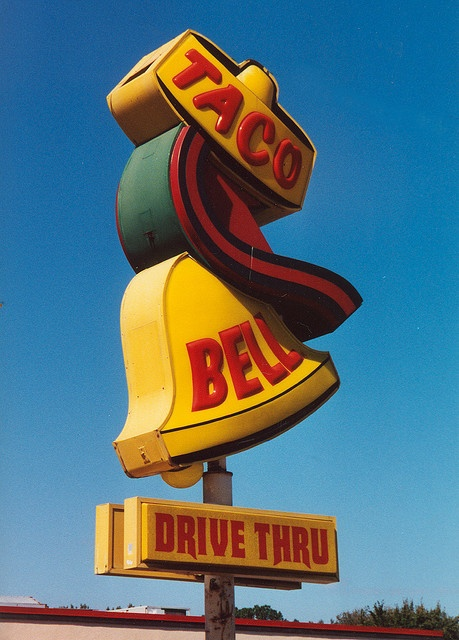 Old Taco Bell sign... I remember that.