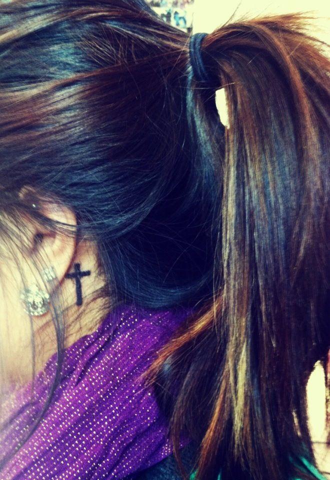 I want this. Bad! Cross behind ear tattoo <3