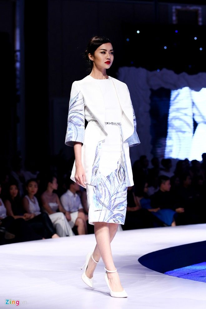 Aquafina pure fashion 2013