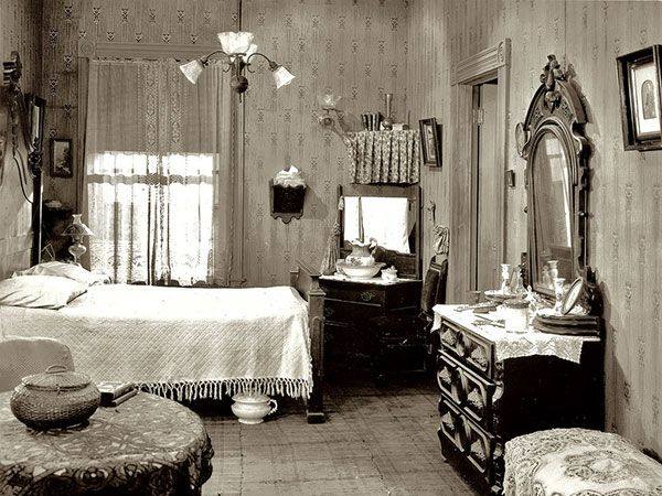 41 Best Images About 1900s Bedroom On Pinterest