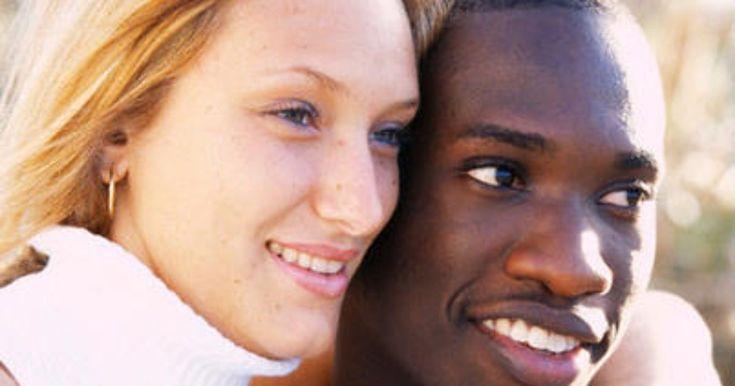 Видео черный мужчина и белая женщина