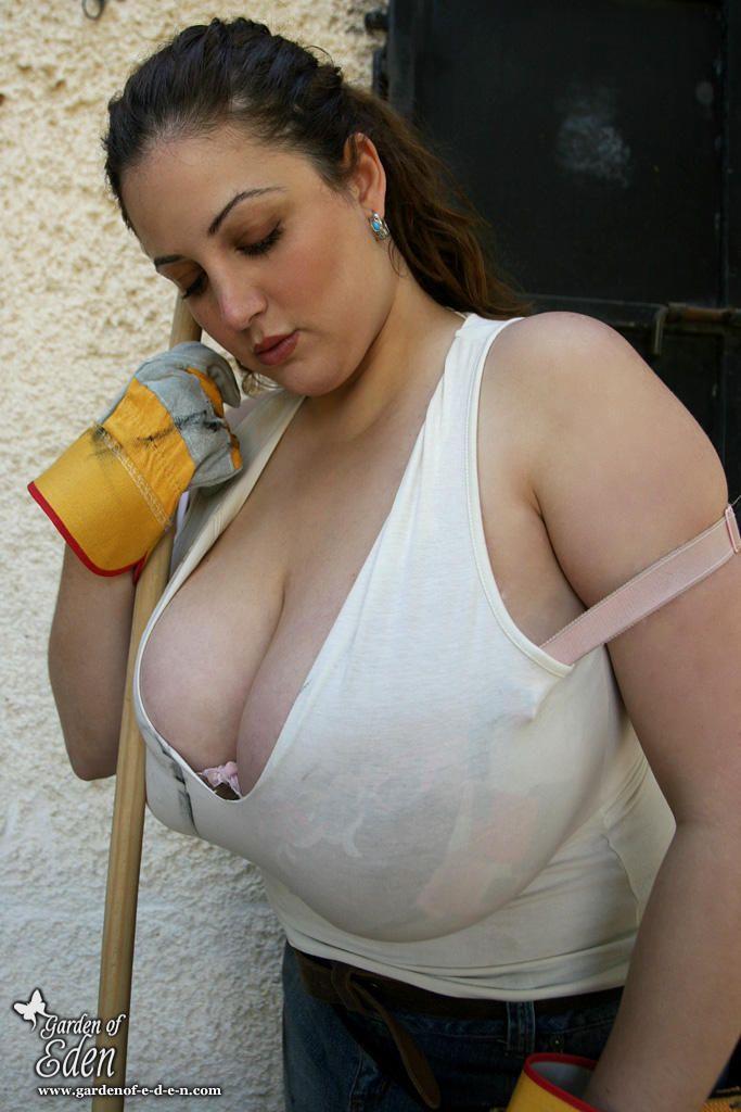 Need blowjob boob pic voluptuous Danny Good