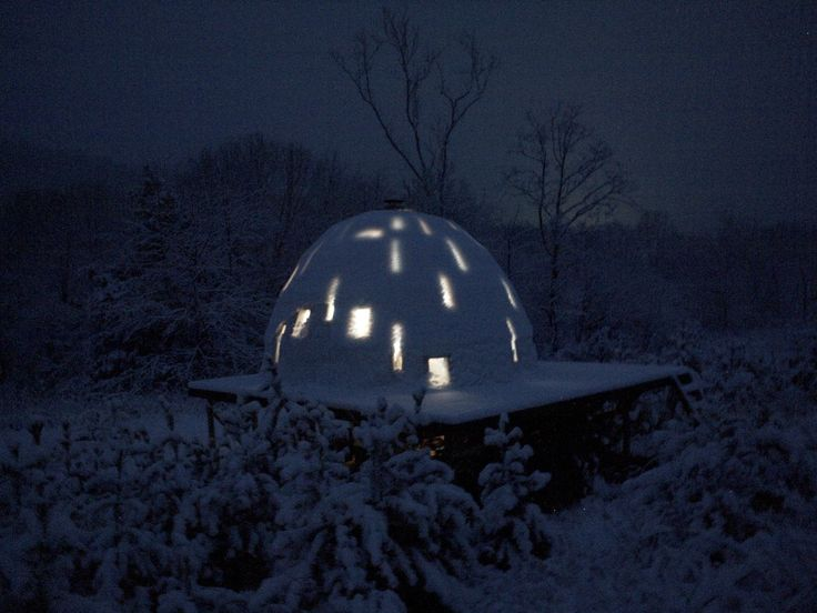 Foam Dome inBatesville, Virginia, USA. Contirbuted by Seth Denizen
