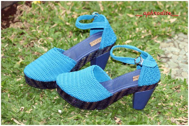 APHRODITE turqoise heels