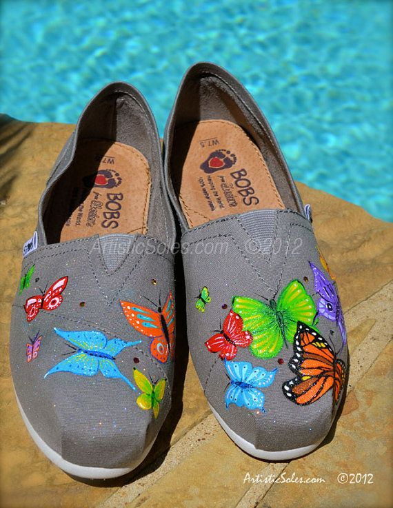 Butterfly Flutterby Themed Custom BOBS Shoes por ArtisticSoles