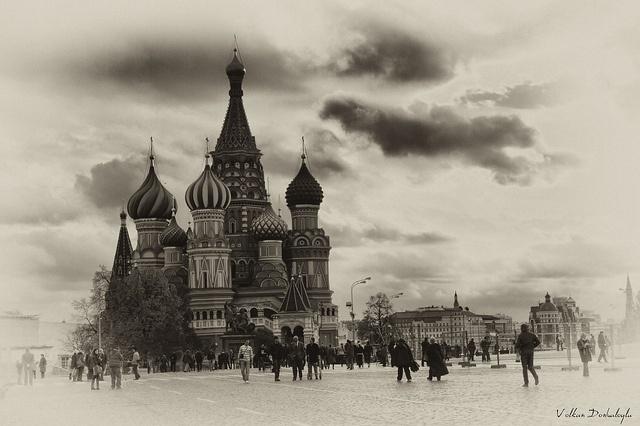 Saint Basil's Cathedral by Volkan Donbaloğlu, via Flickr