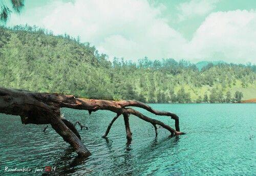 #Indonesia #Lake #EastJava - Ranukumbolo, Semeru Mountain