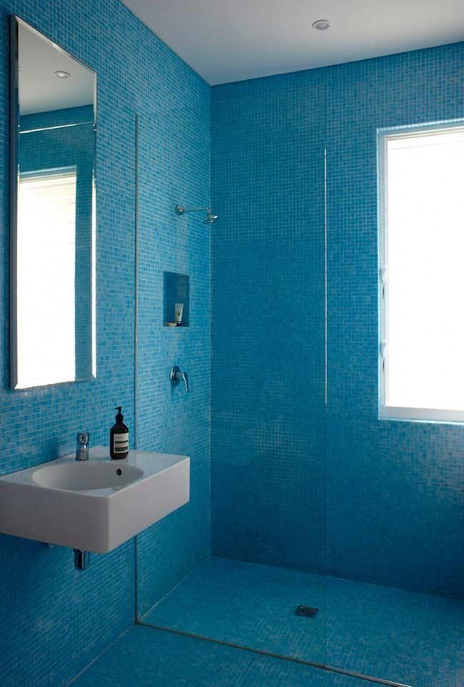 Blaues Badezimmer Ideen Und Tipps Um Die Umgebung Mit Dieser Farbe Zu Dekorieren Neu Dekoration Stile In 2020 Blaues Badezimmer Badezimmer Innenausstattung Badezimmer Design