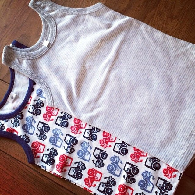 Ideale Italië-hemdjes van de #zeeman. Super stretch, super print en super goedkoop. #shopping #babyboy #peuter. Instagram: pytsje