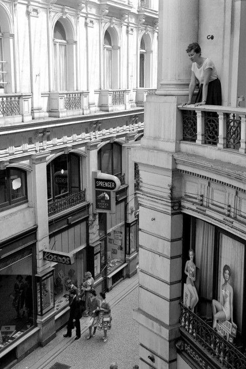 De Passage, vanaf het balkon van Hotel du Passage, 1960 l Den Haag l The Hague l Dutch l 2015 l The Netherlands