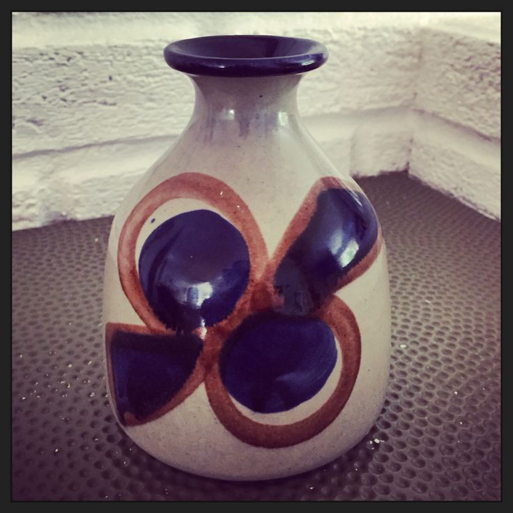 Liten vintage vase fra Bay Keramik merket Bay W. Germany 82-12. Mid-Century West-German Ceramics.