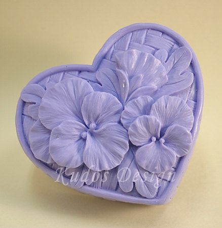 soap mold, silicone soap mold, HR021 Heartsease (Kudos Design, Kudosoap) Taiwan  $18  I HAVE THIS ONE ! IBT