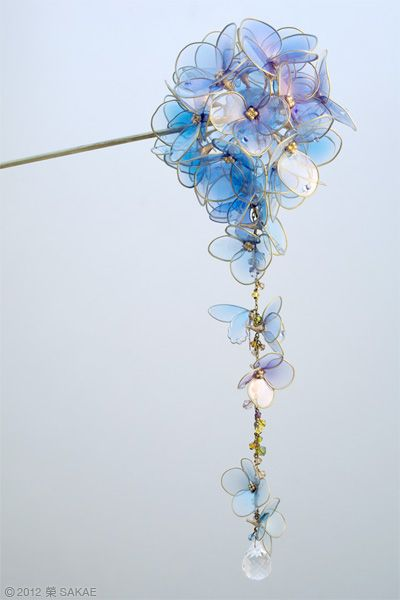 Japanese hair stick accessory -  Hydrangea Kanzashi- by Sakae, Japan  sakaefly.exblog.jp/    簪作家榮 2012 紫陽花 簪 水の器   http://www.flickr.com/photos/sakaefly