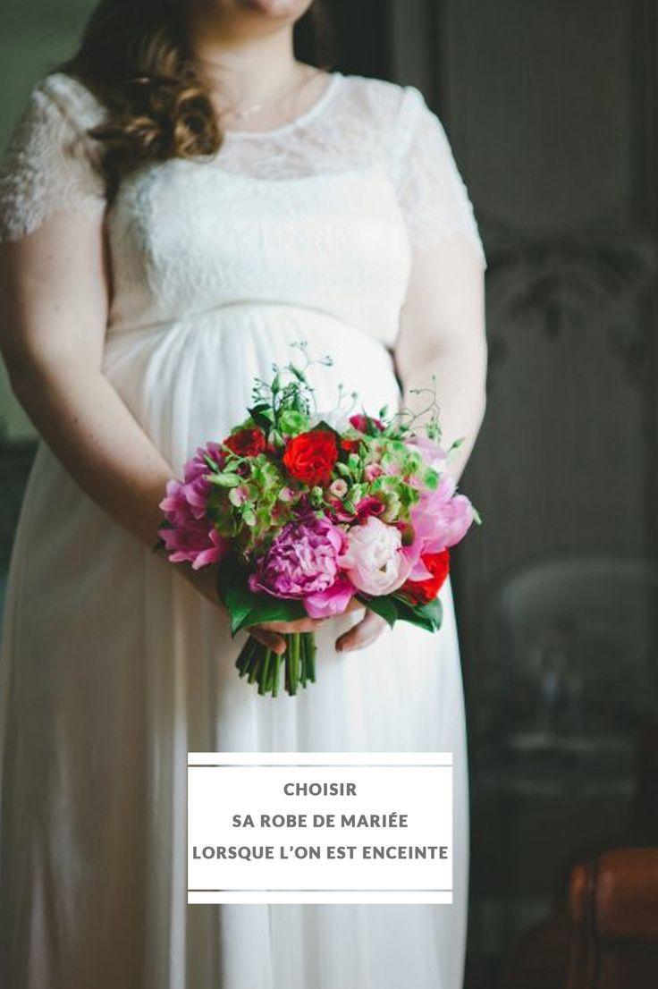 Choisir sa robe de mariée lorsque l'on est enceinte