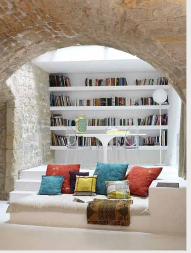 Retreat, Relax, Read, Magical...Can this please be found in an urban loft somewhere with rooftop access?! Purdy please?!?!