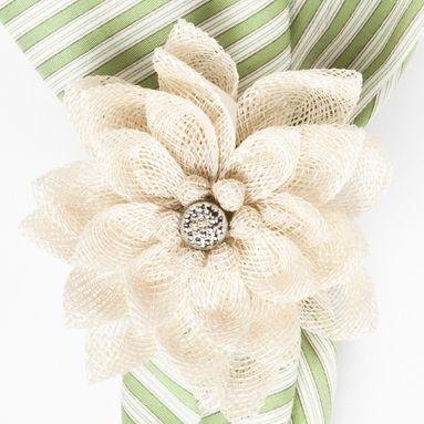 Dahlia Napkin Ring Set of 4 - Natural