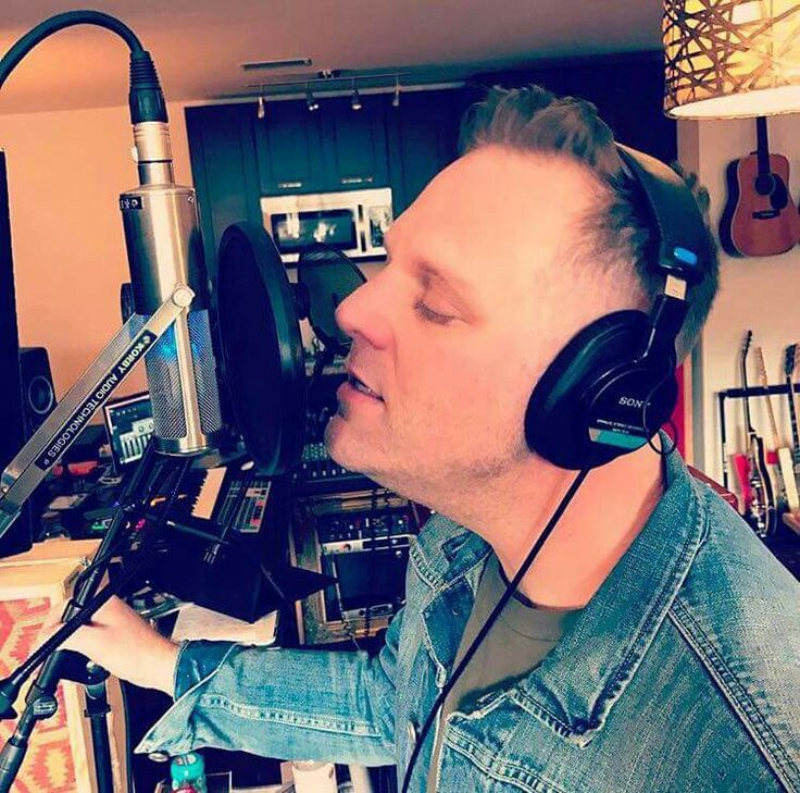 Matthew  West  Working  On  A New  Project ! !!