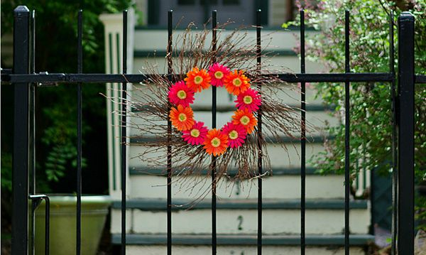 Sprucing up your wrought iron fence