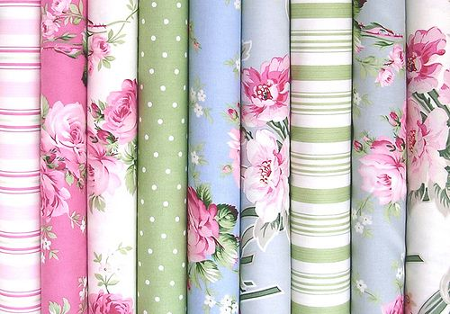 Meet Tanya Whelan of Grand Revival DesignsSurface Pattern, Pretty Fabrics, Fabrics Obsession, Revival Design, Tanya Whelan, Grand Revival, Colours Palettes, Floral, Meeting Tanya