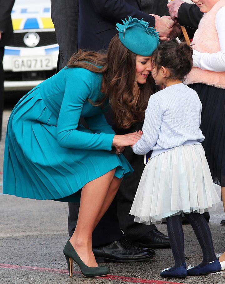 Gotta Love Kate! Kate Middleton Nose Kiss - Kate Middleton Hongi - Redbook