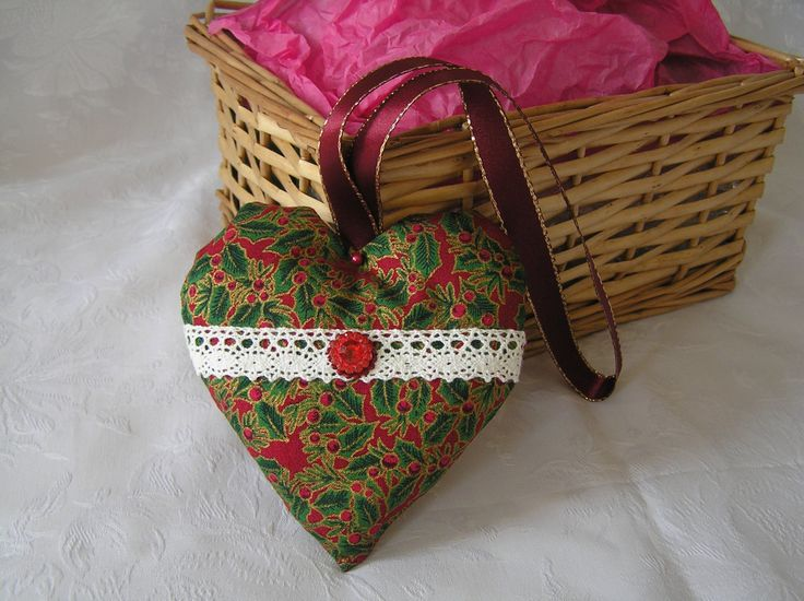Christmas heart, hanging decoration, red, green, gold, holly leaf, victorian look, fabric by Eversewdainty on Etsy