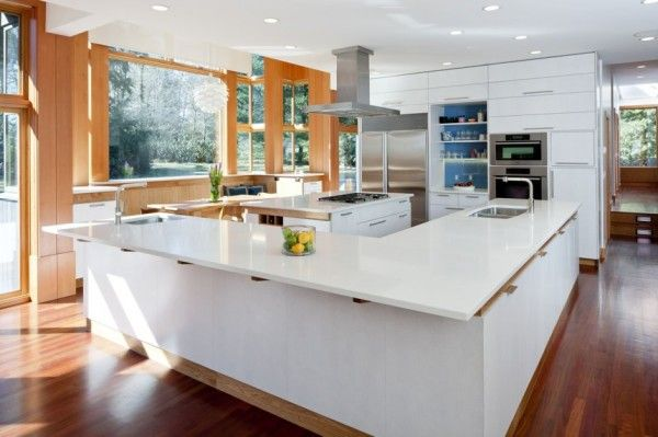 Neat Interior Kitchen from Contemporary House Design Ideas for Green Home Design Ideas 600x399 Contemporary House Design Ideas for Green Home Design Ideas