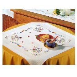 """Комплект для вышивания """"Божьи коровки и маленькие цветы"""" (80х80 см)"""