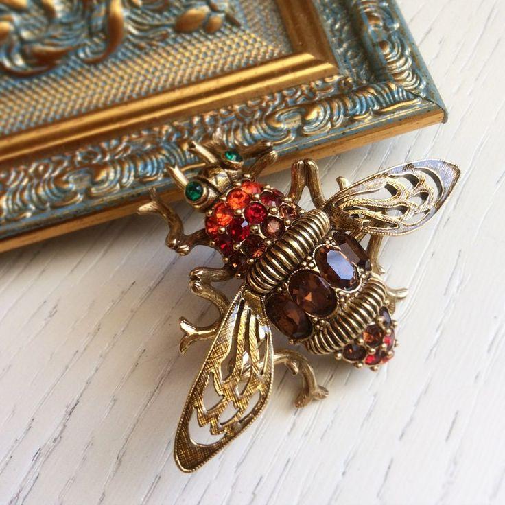 Vintage brooch Joan Rivers, fly brooch, must have brooch, винтажная брошь муха Джоан Риверс