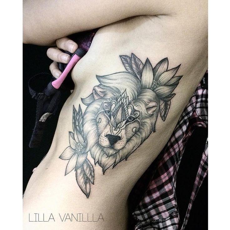 Спасибо Катюше за терпение! Начали ещё в марте #tattoo #tattooart #tattooidea #tattooer #tattooing #tattooink #tattoospb #tattooartist #graphic #dots #dotwork #lines #linework #flowers #lion #liontattoo #ornaments #ornamental #blacktattoo #blackwork #blxckink #btattoing #blacktattoomag #blackworkersubmission #питер #тату #inked #inkedup