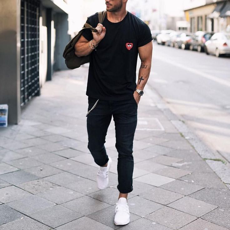 All black outfit by @magic_fox \ @commedesgarcons t shirt black jeans and @adidas #sneakers