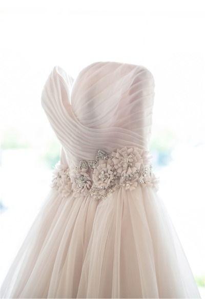 Pink wedding dress: http://www.stylemepretty.com/tri-state-weddings/2014/10/11/im-photo-studio-a-discount/ | Photography: IM Photo Studio - http://inamcconnellphoto.com/