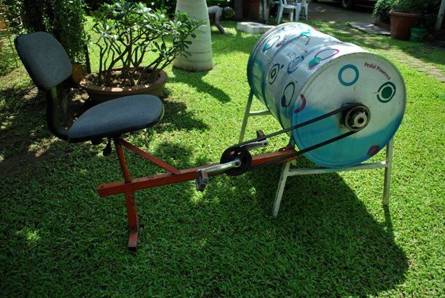 Pedal power washing machine - Web Series Network
