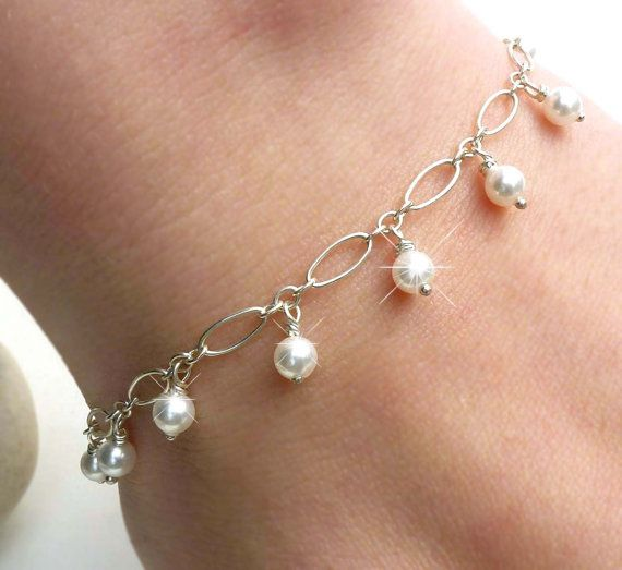 White pearl bracelet pearl charm wedding by CreativityJewellery, $45.00