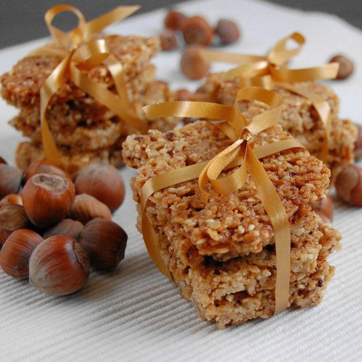 granola to słodki przysmak który można wykorzystać na śniadanie, dodatek do deserów lub słodki batonik.krok po kroku przepis na crunch