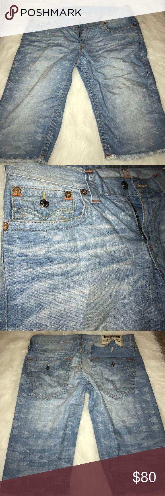 Mens true religion Aztec shorts size 34 preowned Mens true religion Aztec shorts size 34 preowned True Religion Shorts Jean Shorts