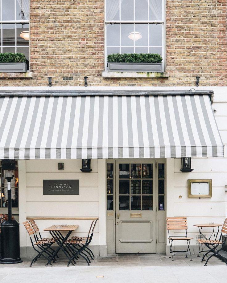 Cafe Exterior, Restaurant Exterior, Exterior Design, Bakery Shops, Shop  Fronts, Shop Displays, Coffee Shops, Facade, Pub Ideas